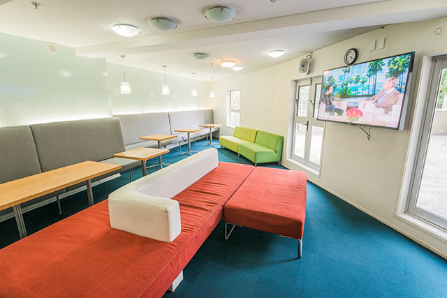 Columbia Apartments : Common Room.